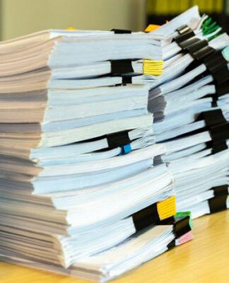 Dlaczego i jakie korzyści może przynieść archiwizacja dokumentów i akt